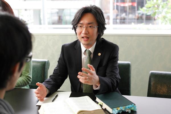 賭博罪に詳しい津田岳宏弁護士
